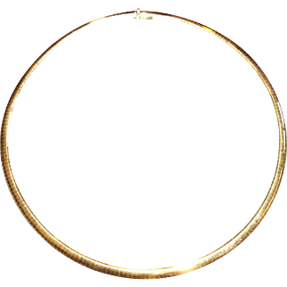 Ladies 14 kt yellow gold 16 inch domed style omega necklace. Appraisal $3,150.00.