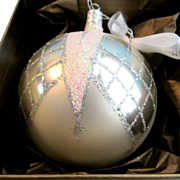 Waterford Holiday Heirlooms Opulence Collection Avoca Grande Silver Ball 1997