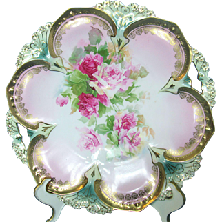 RS Prussia Point and Clover Mold Plate w Beaded Gilding and Pierced Handles