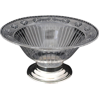 Hawkes Cut and Engraved Glass Fruit or Center Bowl with Sterling Silver Base