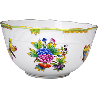 Herend Porcelain Queen Victoria 7.5 inch Diameter Serving Bowl Flowers & Butterflies