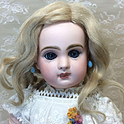 Antique Blonde Mohair Wig Sz 10 French or German Bisque doll