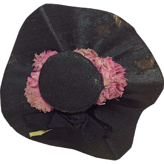 Beautiful Small Silk Covered Hat for Fashion, China or other Small Doll