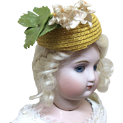 Beautiful old hat for French Fashion or other Doll