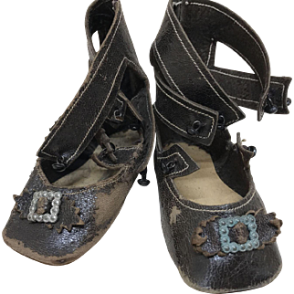 Beautiful Keystone 3 Strap Kid Leather Bisque Doll Shoes