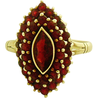 Beautiful 14k gold Victorian style cluster garnet ring