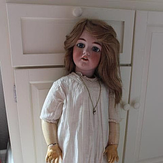 """32"""" Simon & Halbig German Antique doll! Santa Mold. #1249 Blue eyes that sleep. No hairlines or repairs. Cotton old dress, pantaloons, & slip, leather shoes."""