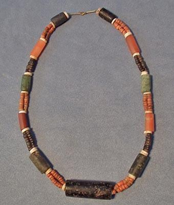 Antique circa 500 - 1500 AD Pre-Columbian Tairona Culture Necklace
