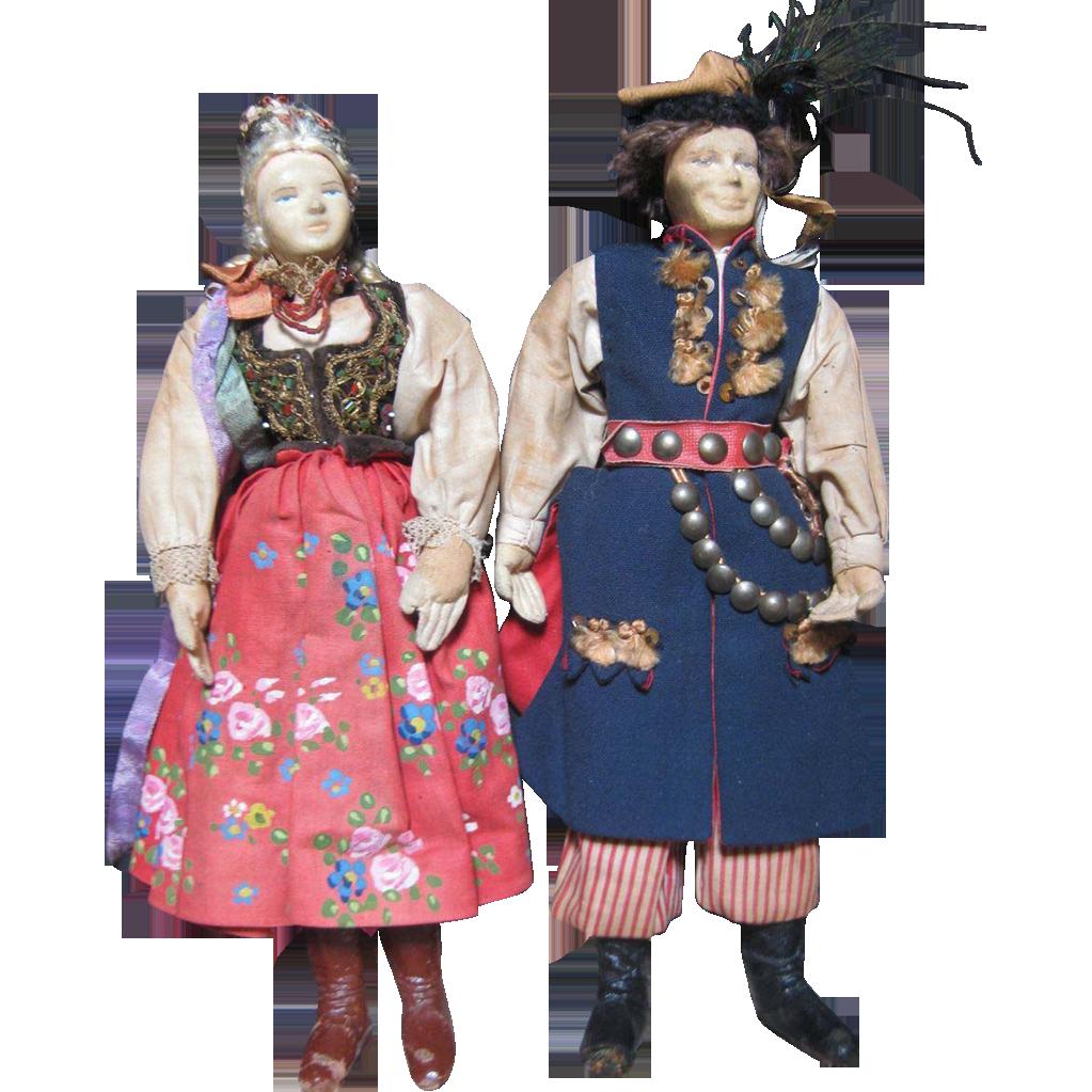 Item ID: Carpathian Dolls In Shop Backroom