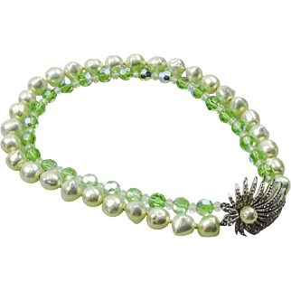 Les Bernard peridot briolette & faux pearl double row necklace