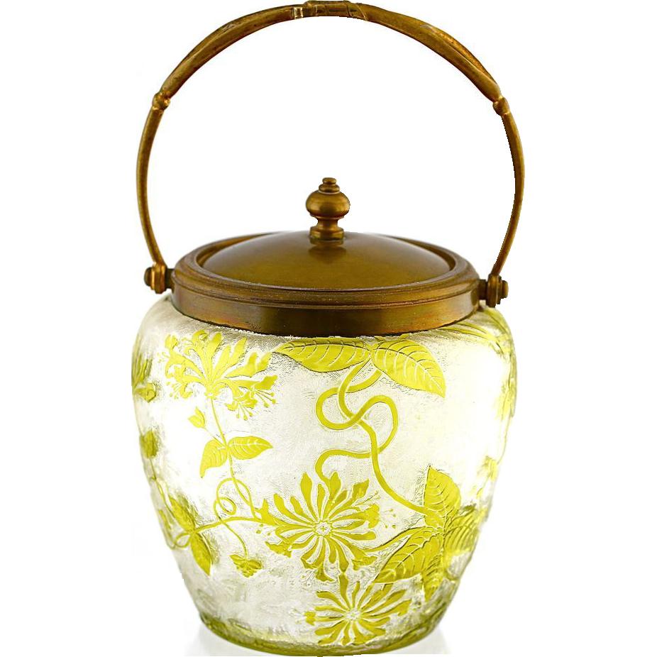 antique french baccarat crystal glass cookie jar cameo. Black Bedroom Furniture Sets. Home Design Ideas
