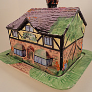 "Vintage Royal Winton Grimwades ""Ye Olde Inne"" Cottageware Toast/Biscuit Keeper"