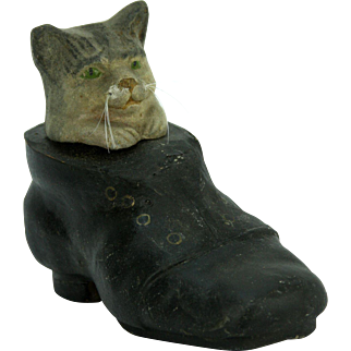 Antique German Paper Mache Cat In Shoe Candy Container ca1910