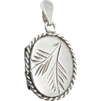 1984 English Birmingham Sterling Silver Vintage Locket Pendant Charm