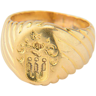 Vintage family crest signet ring 14 k yellow gold rippling motif shank