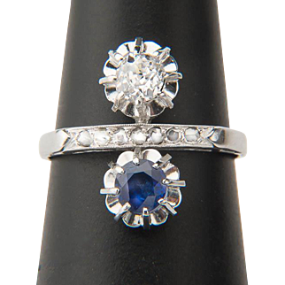 Art Deco diamond sapphire cross over ring circa 1920