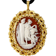 Vintage shell carved cameo 18 k yellow gold brooch/pendant