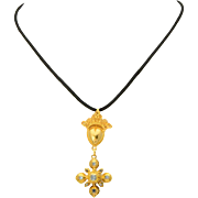 Antique Georgian table cut diamond sacred heart cross pendant 18 k yellow gold circa 1780 s