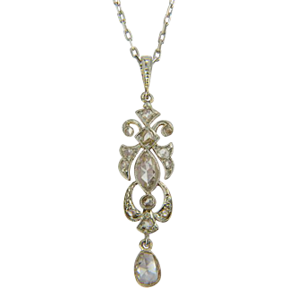 Antique diamond pendant 18 k yellow gold and platinum top Edwardian circa 1910 s with its platinum chain