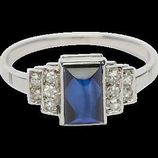 Art Deco ring diamond and sugar leaf sapphire 18 k white gold circa 1920 s