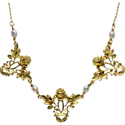 Art Nouveau necklace 18 k yellow gold pearls circa 1900 s