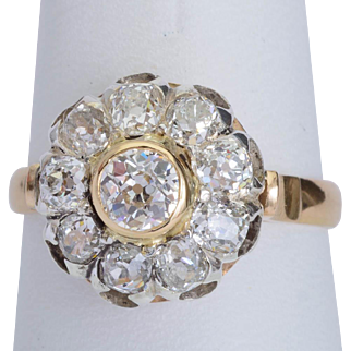 Antique sparkling 2.12 cwt diamonds ring Edwardian circa 1910 s 18 k yellow gold and platinum