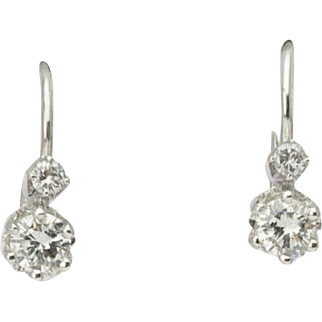 Diamond earrings 0.40 cwt Color F Clarity VS 18 k white gold drop lever back Vintage earrings