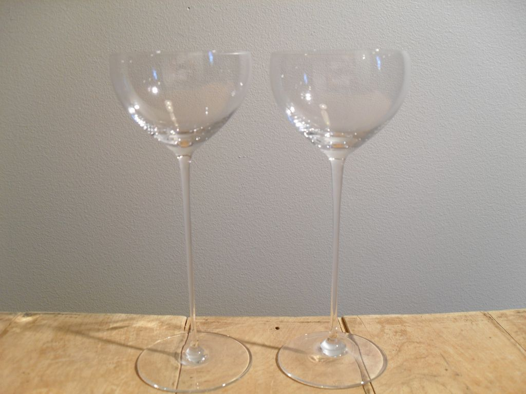 Exquisit riedel mid century liquer glasses 5 for Thin stem wine glasses
