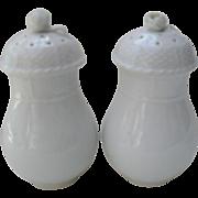 Herend White Porcelain Basketweave Screwtop Rose Finial Shakers