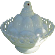 Antique Westmoreland WMG Opalescent Chick on Eggs Amber Eyes Condiment Dish