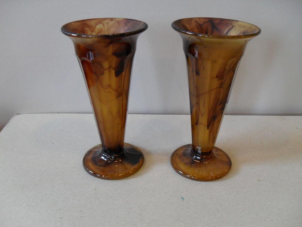 vintage 1930s art deco brown cloud glass vase davidson. Black Bedroom Furniture Sets. Home Design Ideas