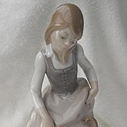 Lladro Little Girl with Cat 1972 1187 Original Box