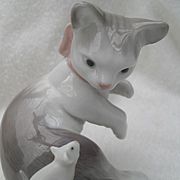 Lladro Figurine 5236 Cat and Mouse