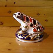 Royal Crown Derby Imari Frog Figurine Paperweight Gold