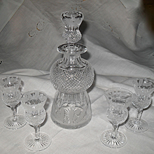 Rare Edinburgh Scotland Etched Thistle Decanter and Cordials