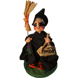 Vintage Annalee Halloween Witch Trick Or Treat Doll