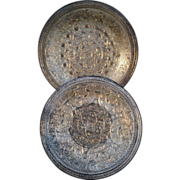 Pair of hallmarked Egyptian silver Cairoware plates