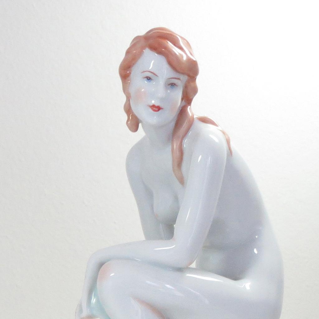 Nude hungarian girls photo 14