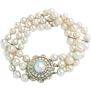 Cultured Akoya Pearl Bracelet 14kt Yellow Gold Clasp Triple Strand Vintage