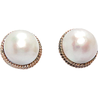 Vintage Mobe Pearl Earrings 16 mm 14K Gold Post and Clip