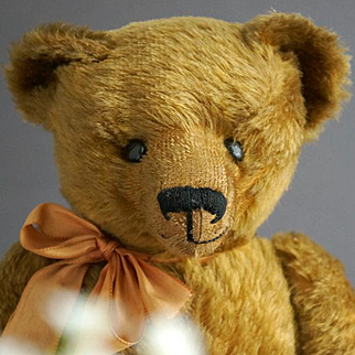 A Stately Teddy Bear by DEKAWE from the 1920s