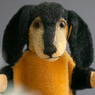 A Dachshund Teckel Hand Puppet, Cramer, 1924