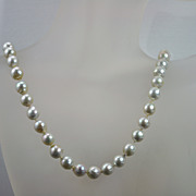 Vintage 14 kt Gold on Strand of Fresh Water Pearls