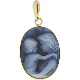 Blue Agate Mother and Child in 14 kt Gold Pendant Active
