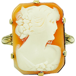 Victorian Cameo Ring in 10kt Yellow Gold