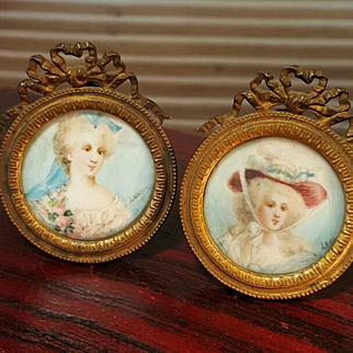 Original pair of french pictures painted paris about 1900