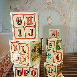 French early wooden ABC Learning Cubes  Paris  befor 1900
