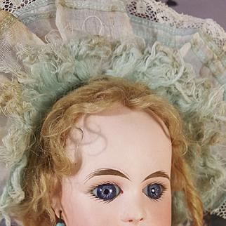 Beautiful Rabery&delphieu in factor original dress /14,9 inches