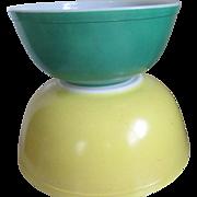 Pyrex Nesting Bowls ( 2) Yellow /Green