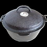 Vintage Cast Iron Dutch Oven/Heat Indicator